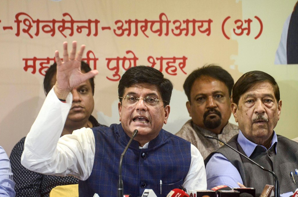 Pune: Union Minister Piyush Goyal addresses a press conference in Pune, Friday, Oct. 18, 2019. (PTI Photo)(PTI10_18_2019_000072B)