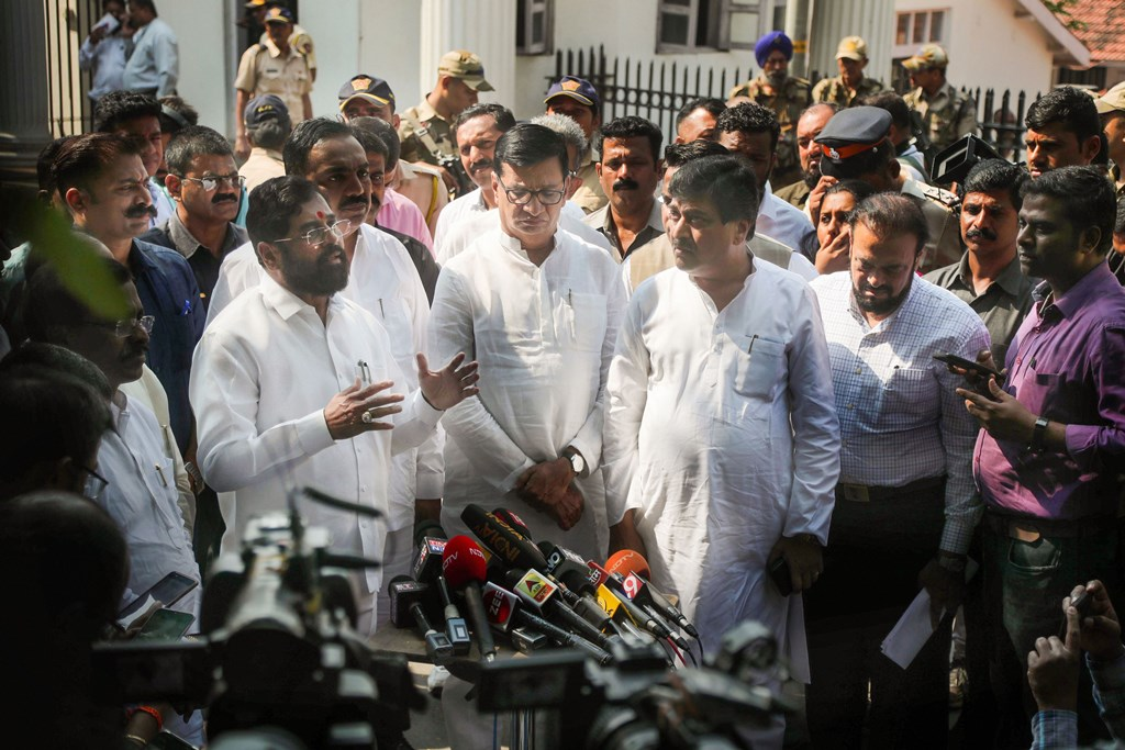 Mumbai: Shiv Sena leader Eknath Shinde, Congress leaders Ashok Shankarrao Chavan, Balasaheb Thorat, NCP leader Jayant Patil address the media after submitting a list of legislators supporting their alliance, outside Raj Bhavan, in Mumbai, Monday, Nov. 25, 2019. (PTI Photo)(PTI11_25_2019_000064B)