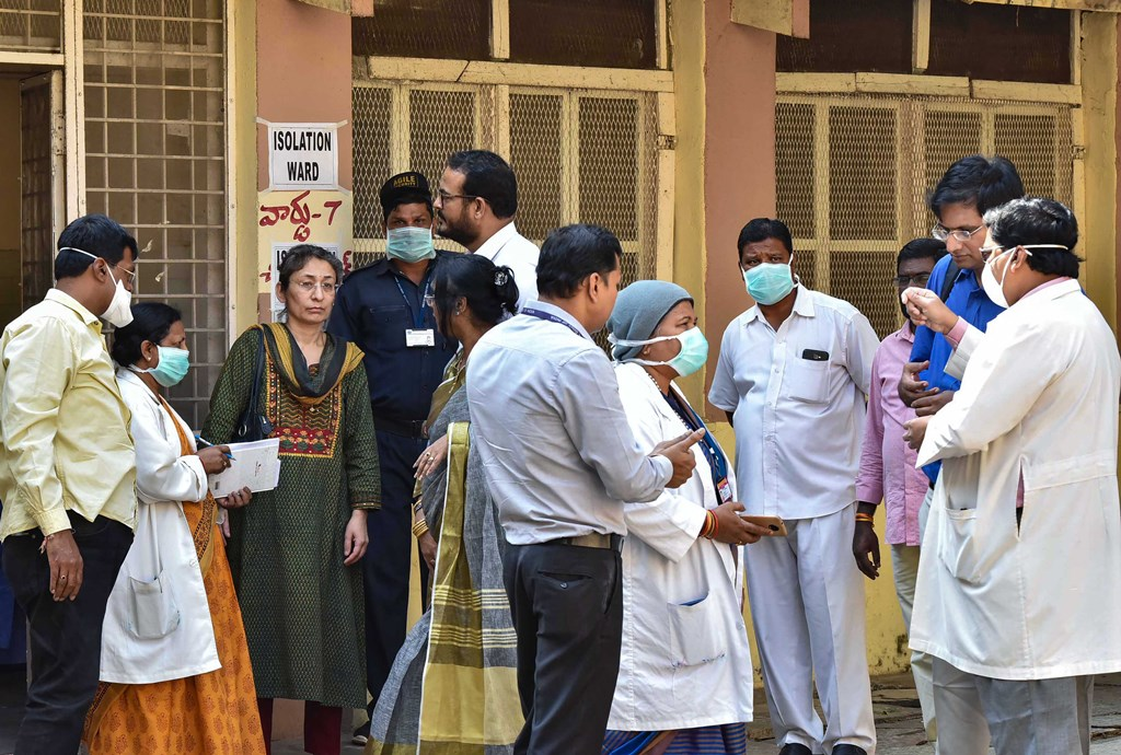 Hyderabad: A central team visits the Special Isolation Ward set up to provide treatment to any suspected case of the coronavirus (CoV) at a hospital, in Hyderabad, Tuesday, Jan. 28, 2020. (PTI Photo)(PTI1_28_2020_000069B)(PTI1_28_2020_000171B)