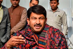 New Delhi: Delhi BJP Chief Manoj Tiwari speaks to the media at his residence, as counting of votes for Delhi Assembly election begins, in New Delhi, Tuesday, Feb. 11, 2020. (PTI Photo/Kamal Singh)(PTI2_11_2020_000027B)