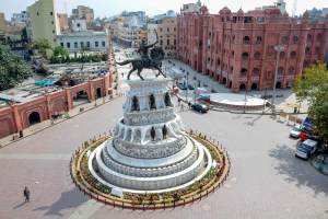 Amritsar: A general view of deserted Heritage Street is seen next to the statue of Maharaja Ranjit Singh during curfew imposed in the state of Punjab as a preventive measure against the COVID-19 coronavirus, in Amritsar, Monday, March 23 2020.  (PTI Photo) (PTI23-03-2020 000208B)