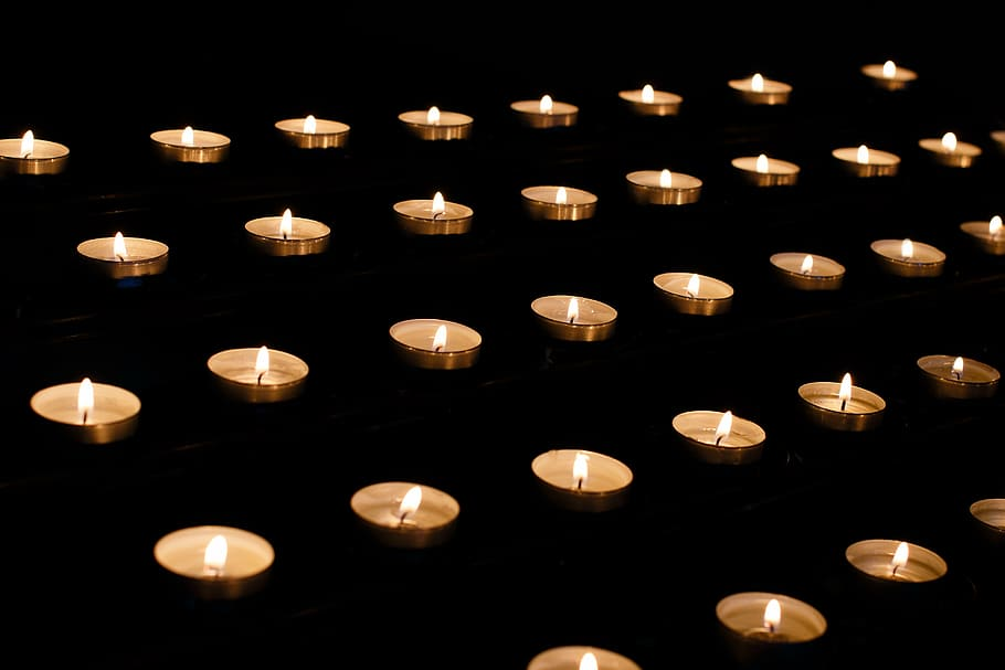 candle-memory-requiem-mourning