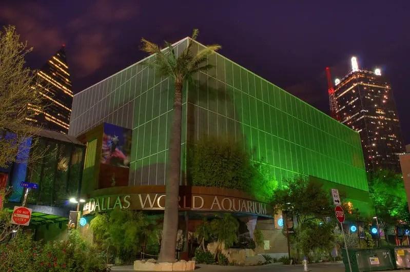 Dallas World Aquarium at night