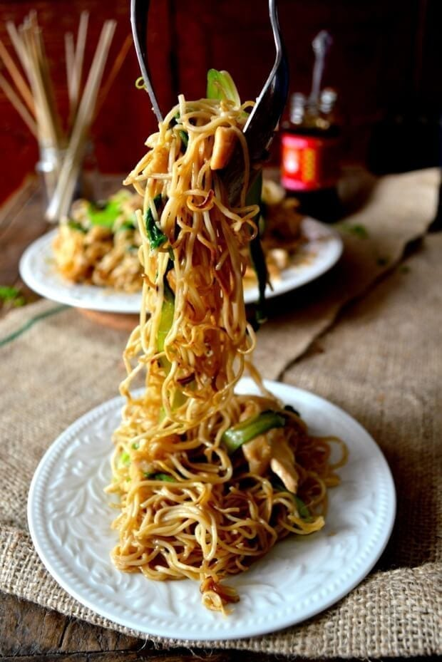 Chicken Pan-Fried Noodles (Gai See Chow Mein) - The Woks