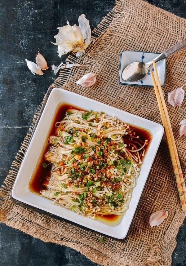 Masak Jamur Enoki : masak, jamur, enoki, Enoki, Mushrooms, Garlic, Scallion, Sauce