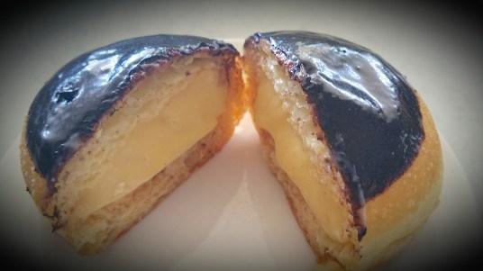 Vanilla cream doughnut