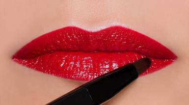 4. Apply color, working from the outer corners to the center of the lower lip.
