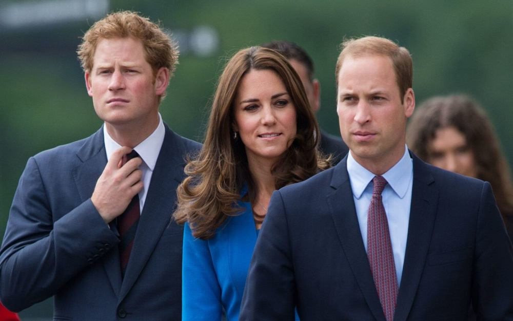 UK-Royal-Family-Prince-Harry-William-Kate-FRENCH0316.jpg