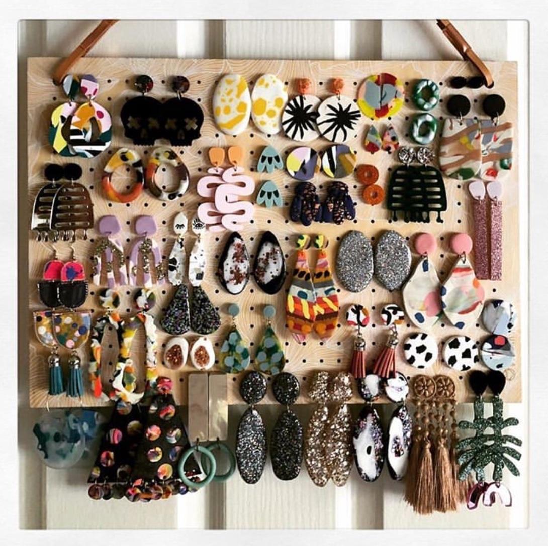 wall wall hanging jewellery organizer