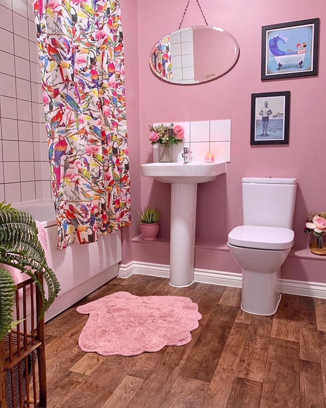 pink bathroom decor