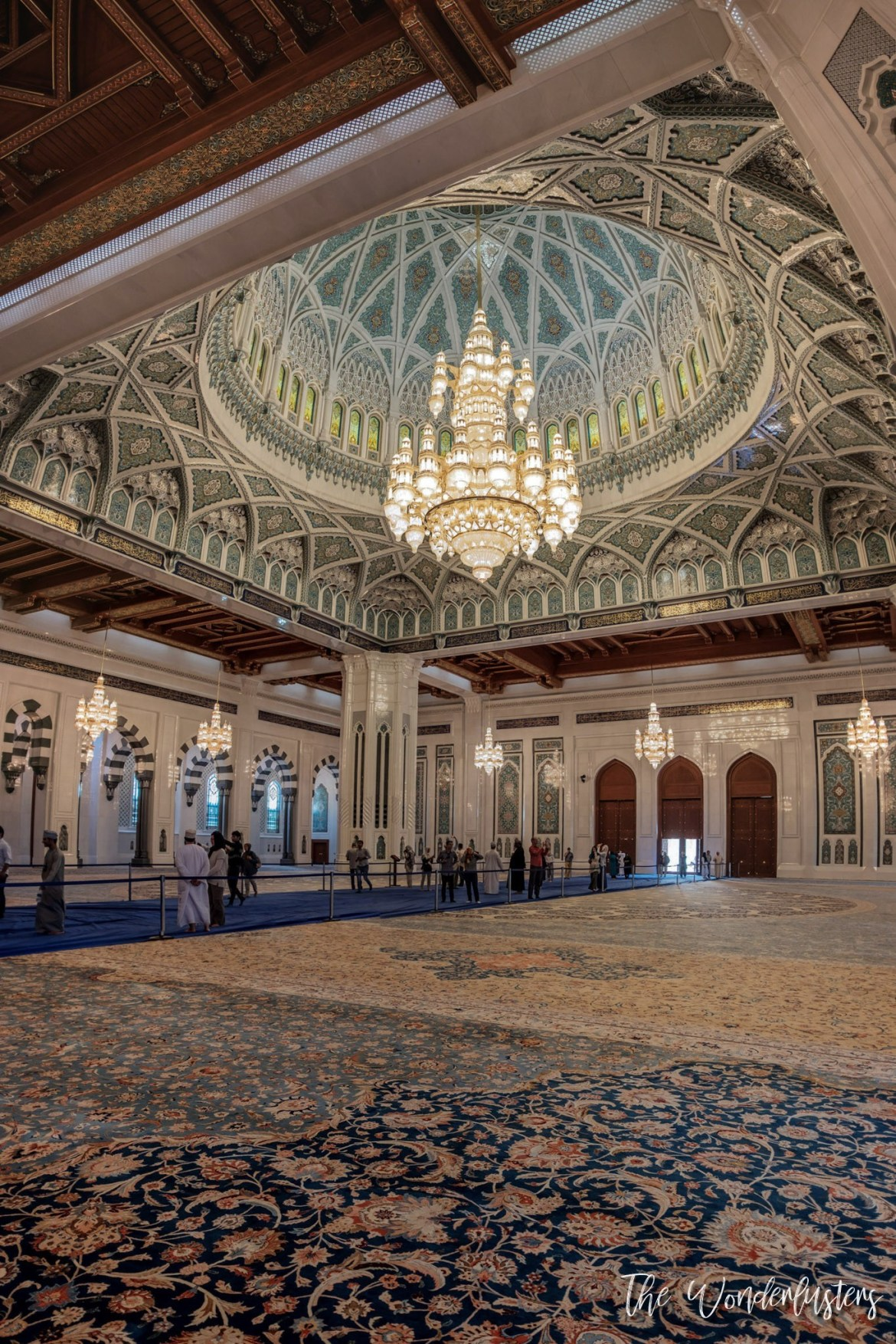 Sultan Qaboos Grand Mosque - Interior
