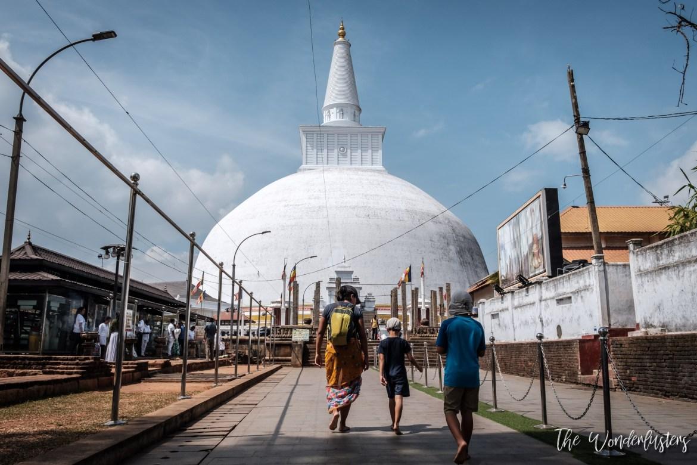 Ruwanwelisaya Dagaba, Anuradhapura