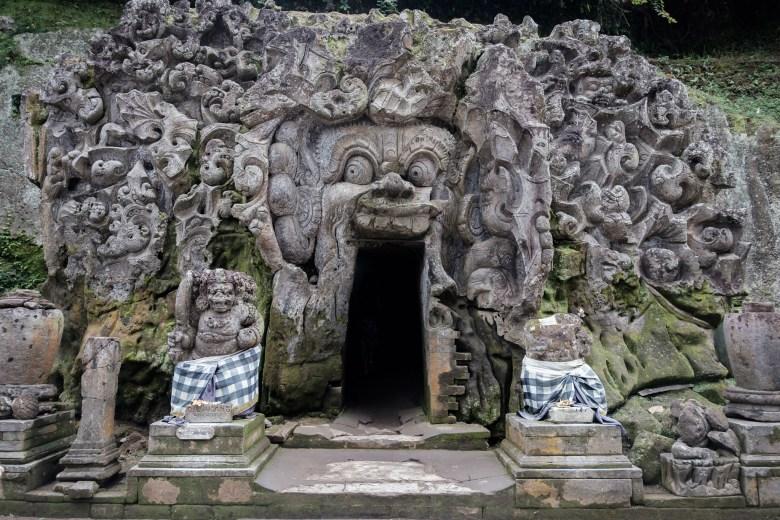 Indonesia Goa Gajah 05