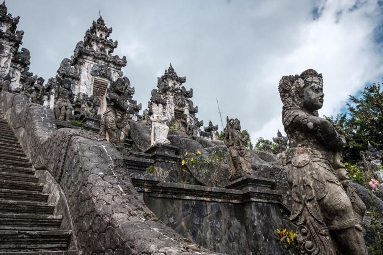Indonesia Pura Lempuyang Luhur 12