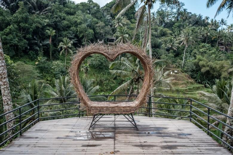 Indonesia Tirta Empul 12