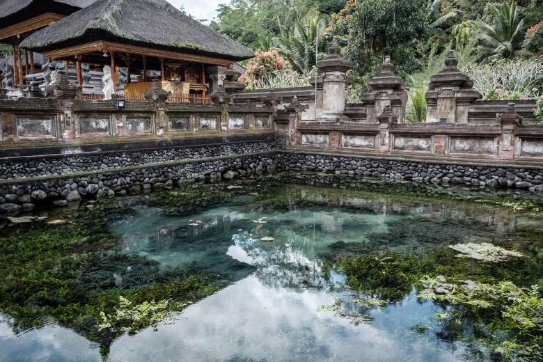 Indonesia Tirta Empul 41