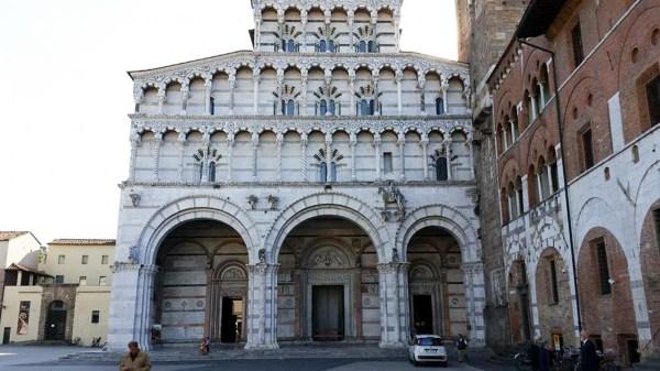 Riding Rail Walls Lucca Pistoia Prato