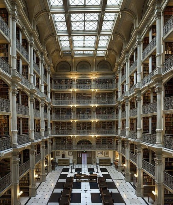 The George Peabody Library, Johns Hopkins University, Baltimore, USA