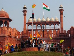 farmers protest at redfort