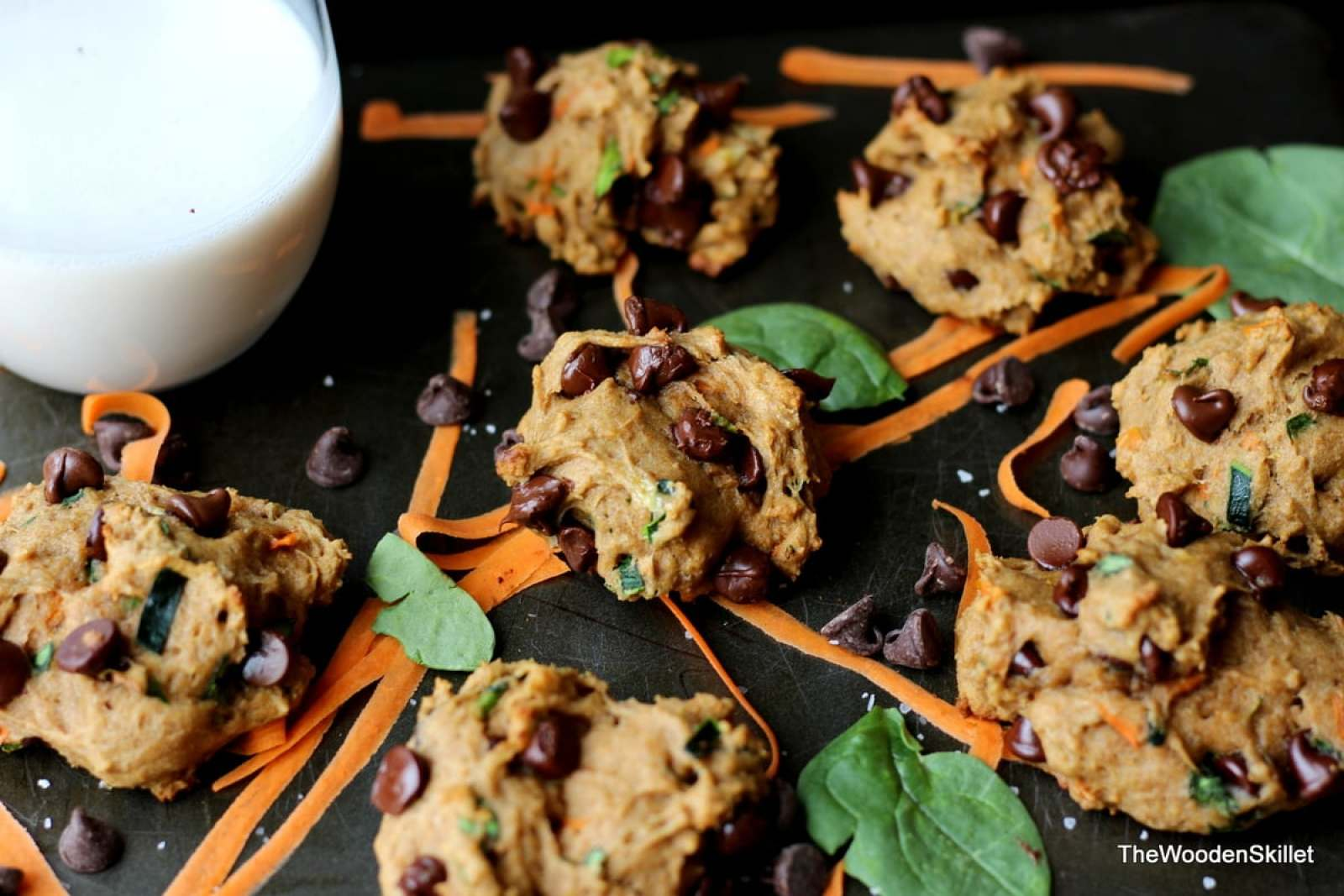Healthy Chocolate Chip Cookies with Spinach, Zucchini and Carrots - They are healthy and kid-friendly! thewoodenskillet.com #healthy