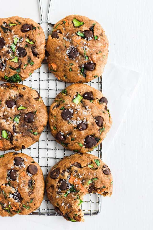 Healthy Chocolate Chip Cookies with Carrots, Zucchini and Spinach