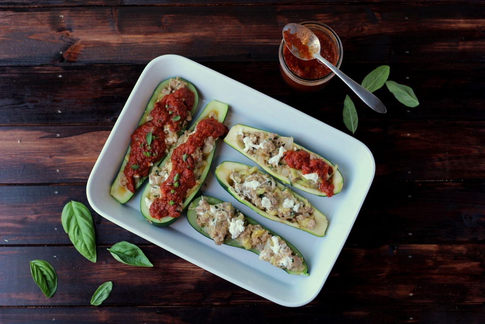 Stuffed Zucchini - thewoodenskillet.com #dinner #sausage #fresh