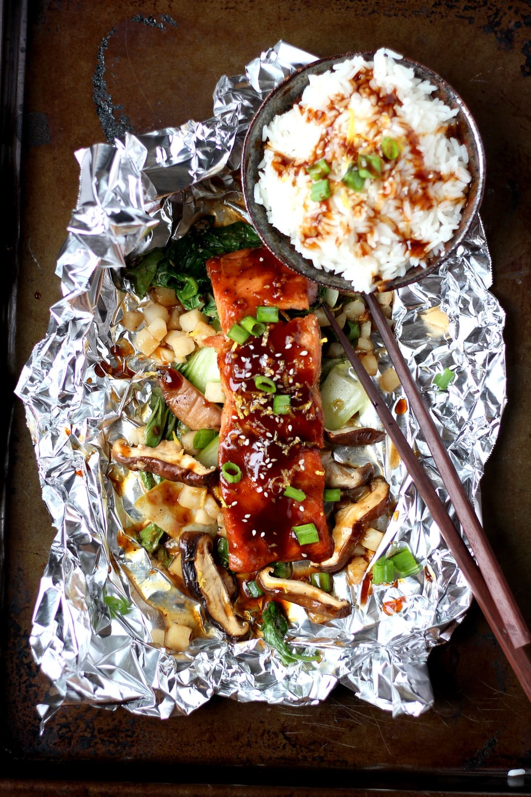 Miso Salmon in Foil with Shiitake Mushrooms - thewoodenskillet.com