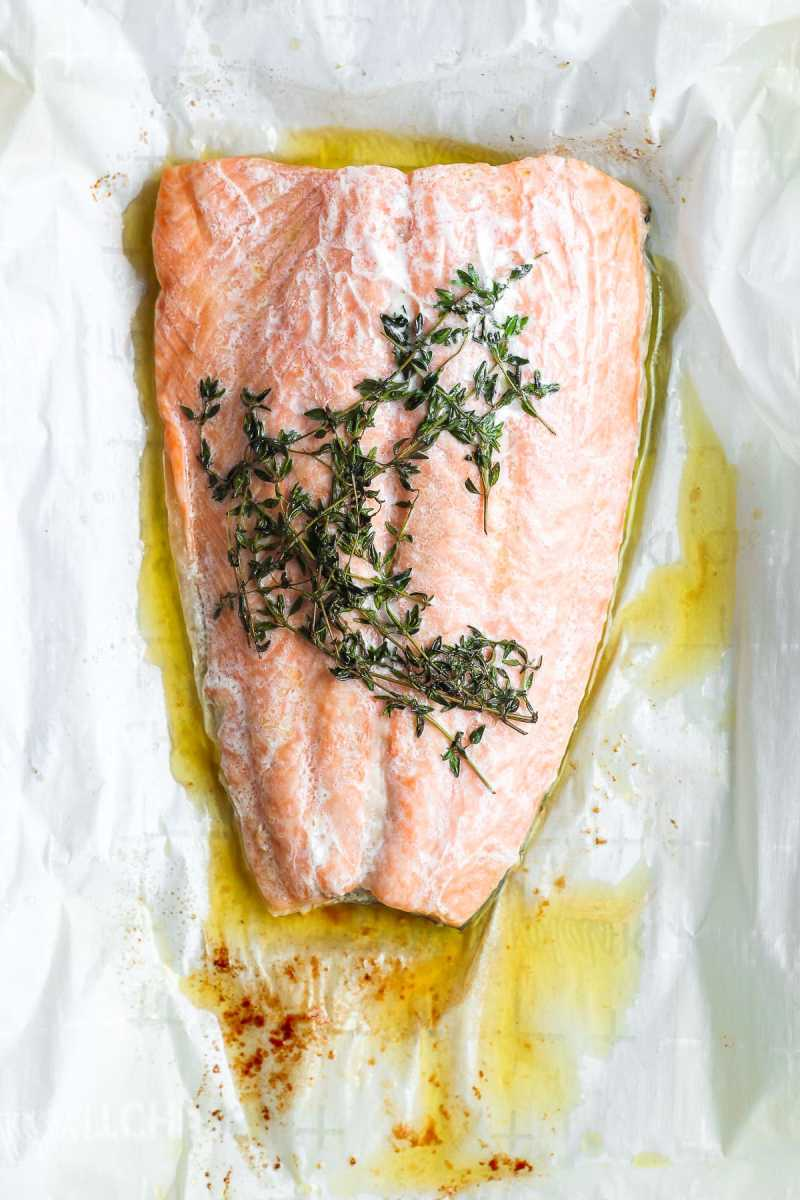 Simple Weeknight Salmon en Papillote + Fresh Thyme