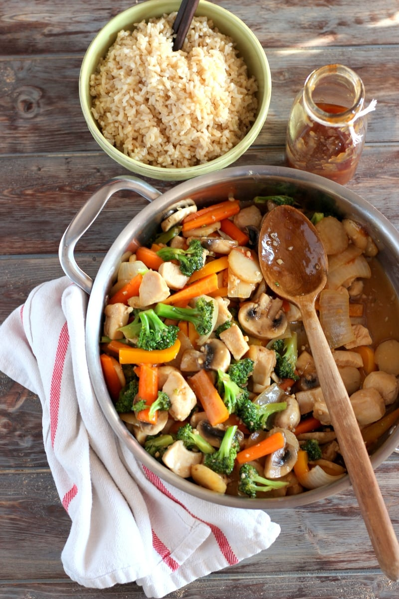 Healthy Chicken Teriyaki Stir-Fry + Brown Rice - a healthy and vegetable-packed weeknight meal! thewoodenskillet.com