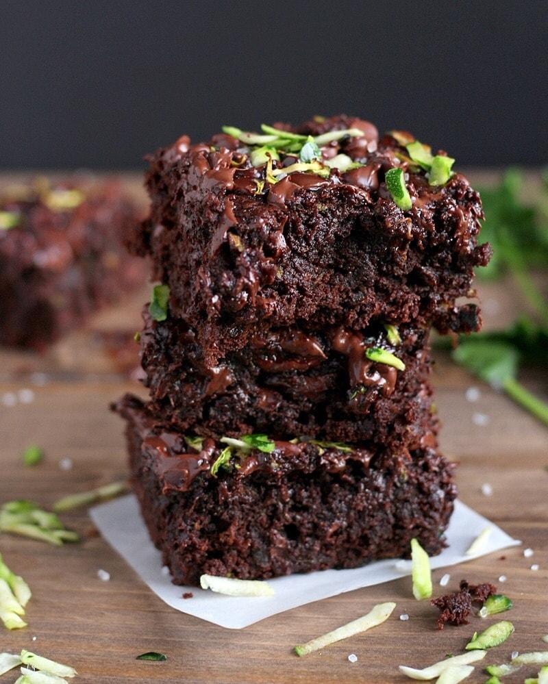Zucchini protein brownies rezept