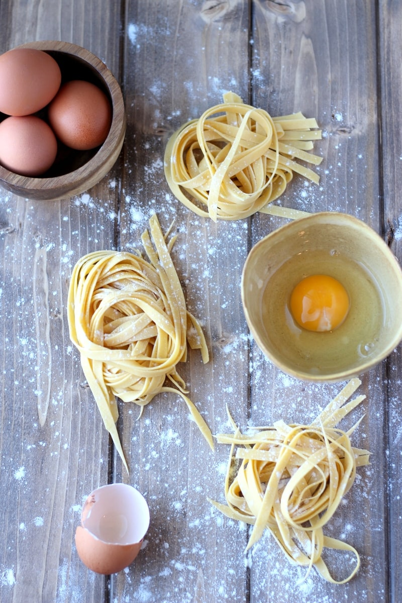 How to Make Homemade Pasta - thewoodenskillet.com