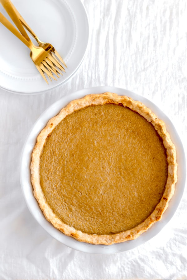Delicious Dairy Free Pumpkin Pie - enjoy your favorite Thanksgiving dessert with no dairy added! #dairyfree