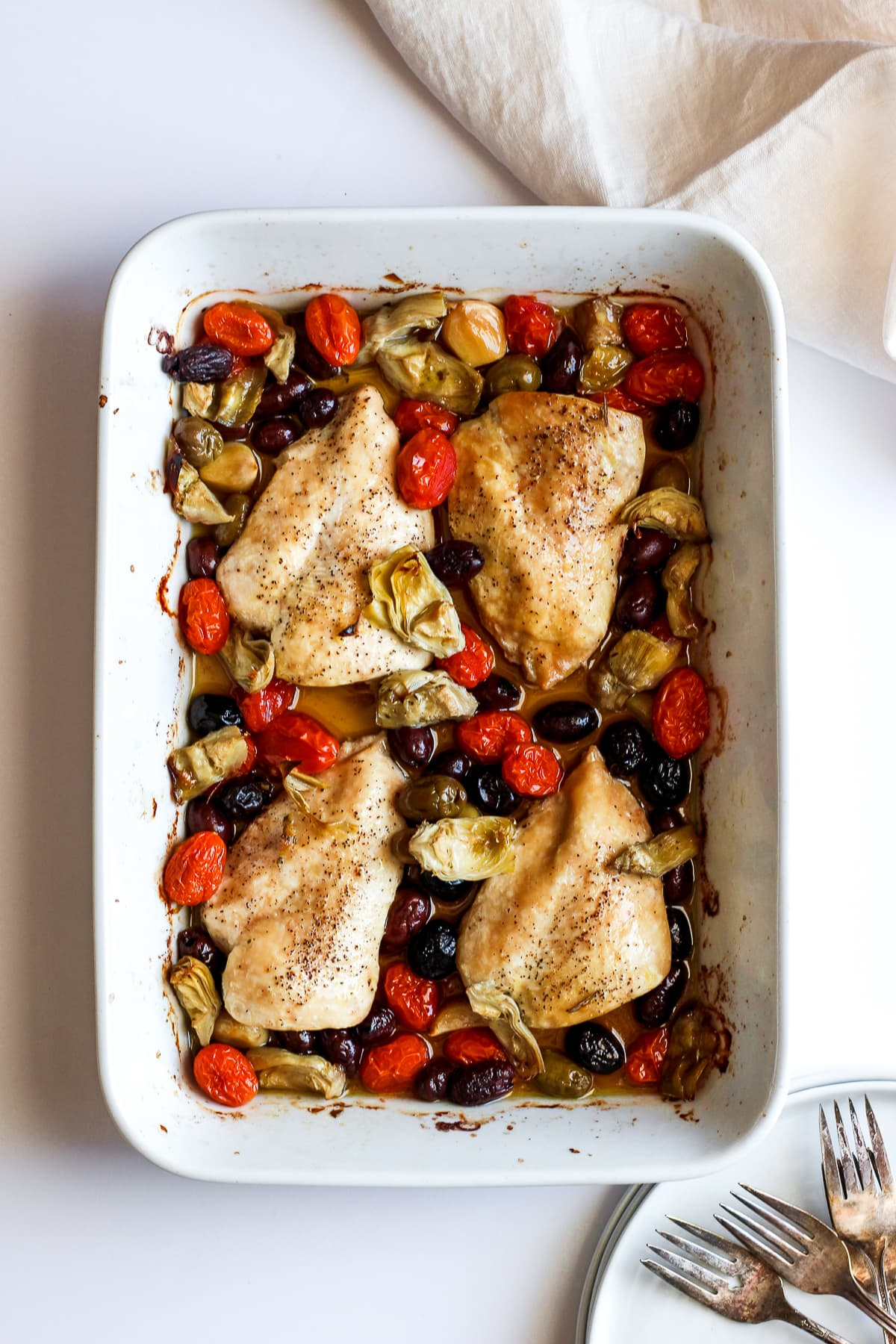 Easy Weeknight Greek Chicken Bake - a one pan dinner that is absolutely delicious! #whole30