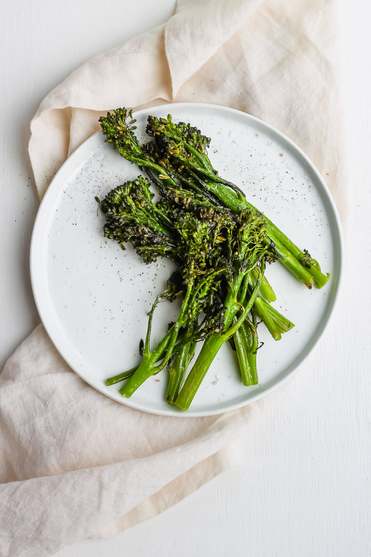 1b7aac2808ad Super Simple Roasted Broccolini - the easiest and most delicious side dish  for any meal!