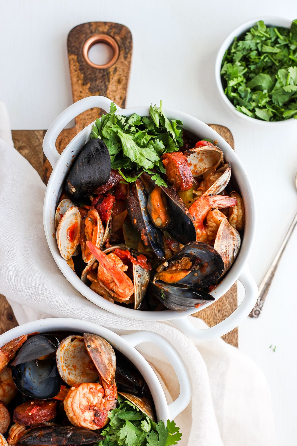 Seafood and Chorizo Wannabe Paella - a whole30/paleo version of your classic paella dish! #whole30 #paleo