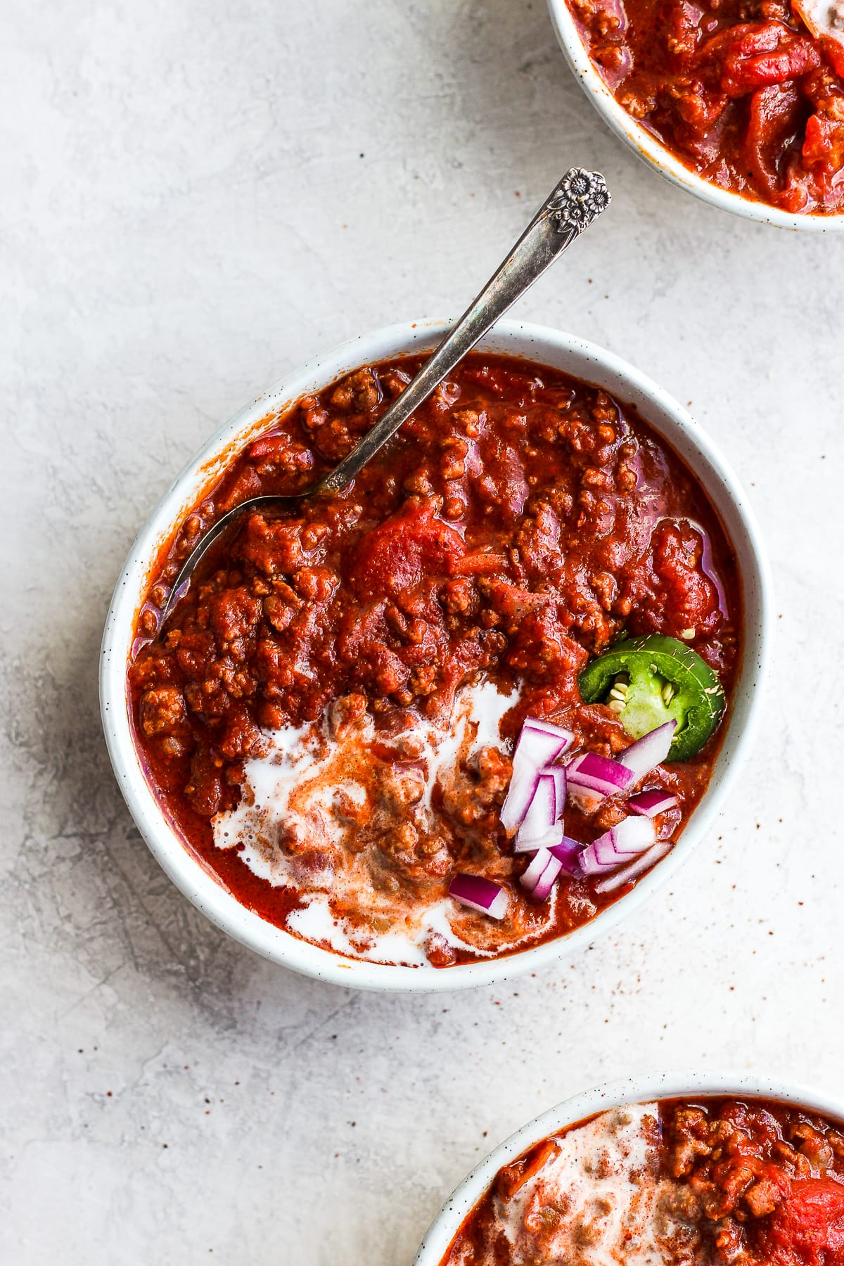 The Absolute Best Classic Slow Cooker Paleo Chili - the simple classic, but made paleo and Whole30! So simple an turns out perfectly EVERY time! #whole30 #paleo #glutenfree #dairyfree