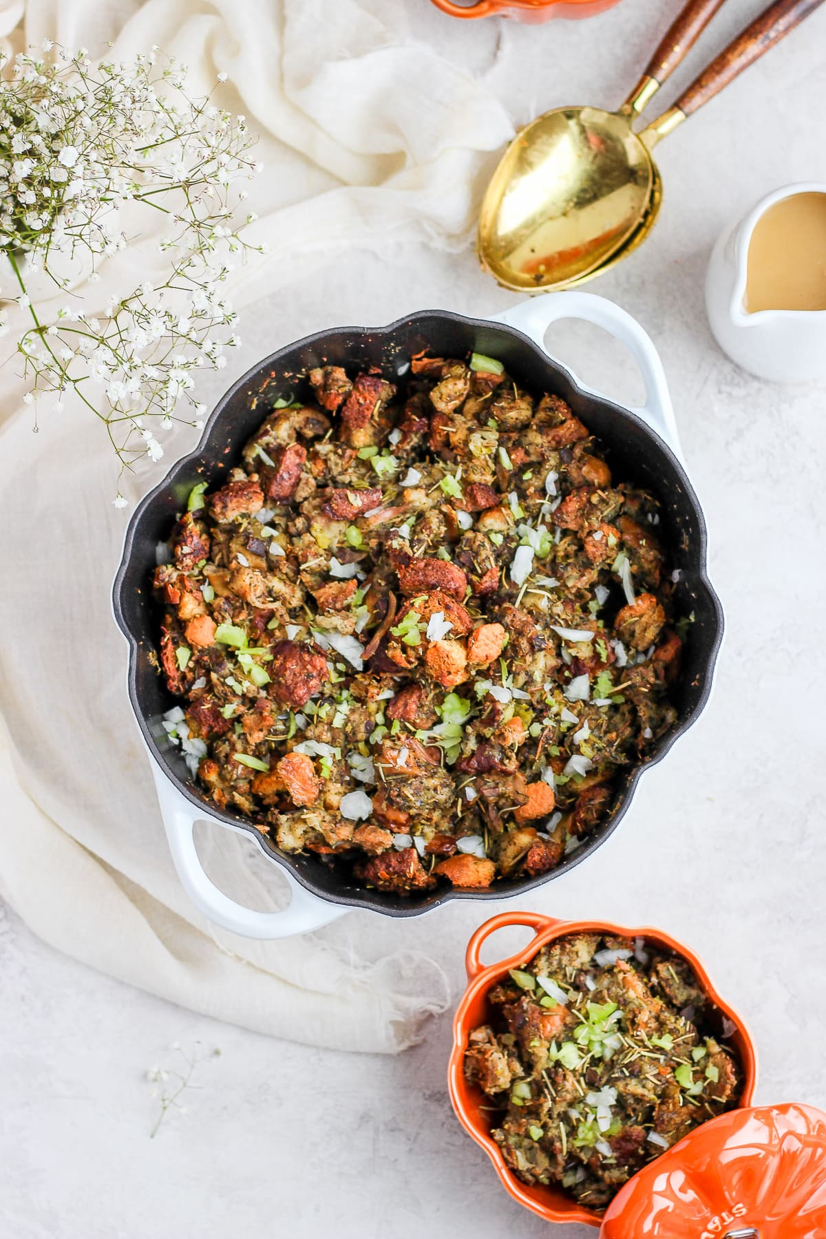 How to Make Classic Giblet Stuffing - how to make this classic Thanksgiving stuffing!! Dairy-free and gluten-free friendly! #thanksgiving #stuffing #dairyfree #glutenfree