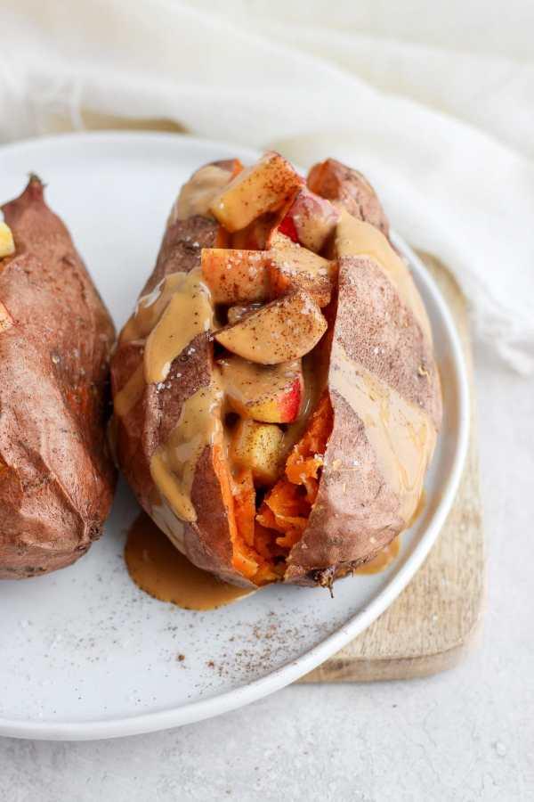 Make Ahead Breakfast Stuffed Sweet Potatoes