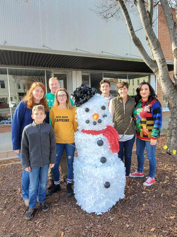 Snowman Contest Begins