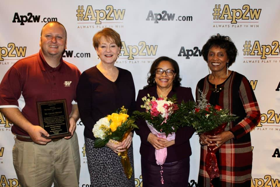 #Ap2w Honors Local Teachers and Community Leader
