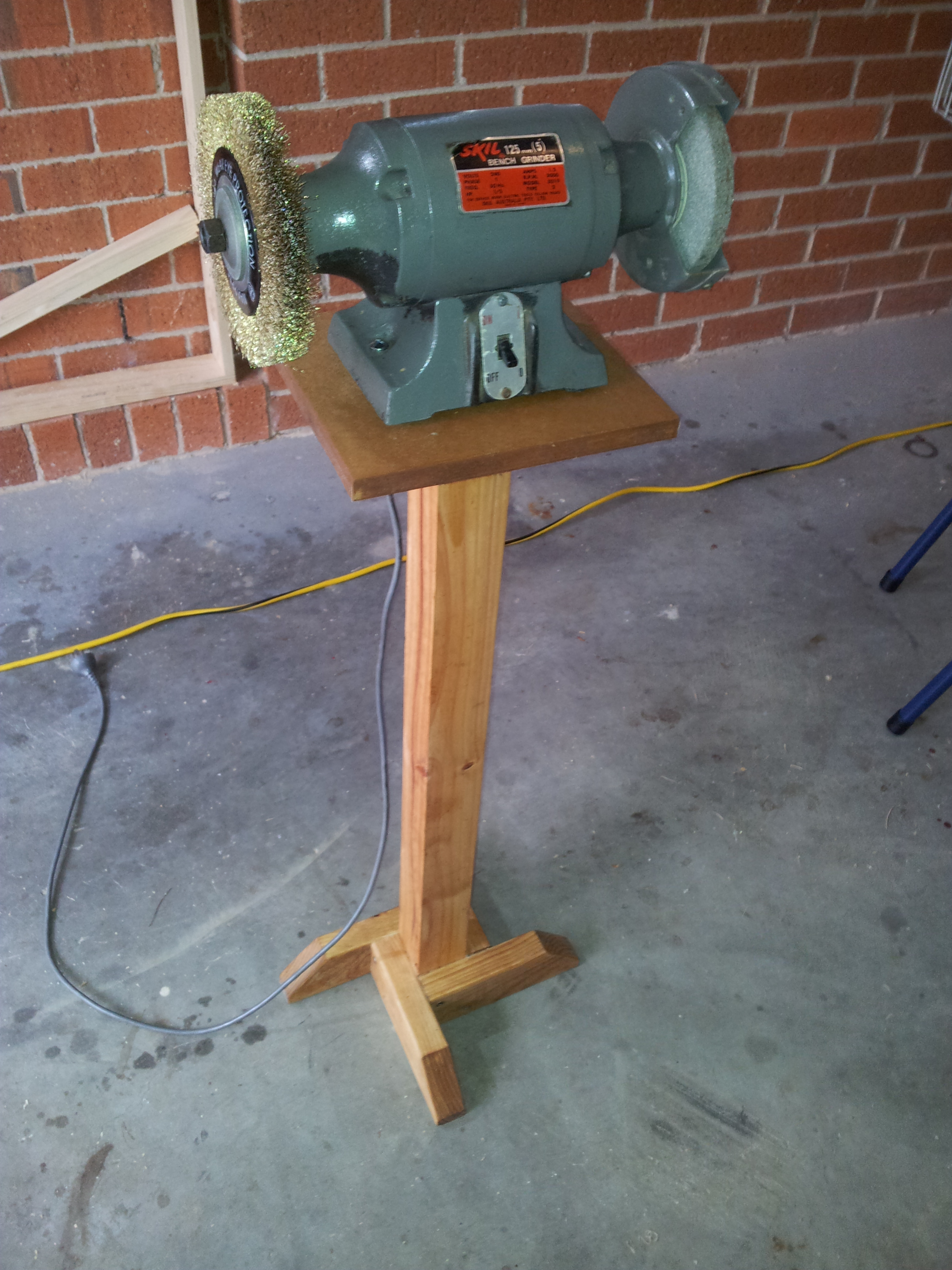 Making A Bench Grinder Stand The Woodwork Geek