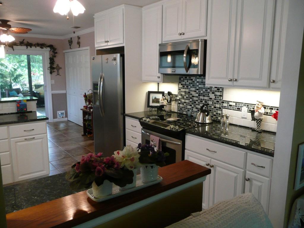 Cottage kitchen stove view