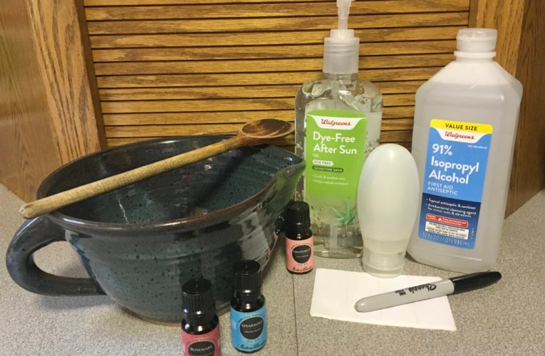 How to make a hand sanitizer at home?