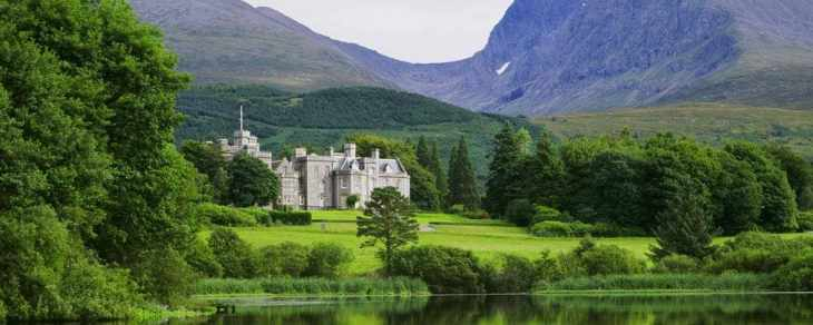 inverlochy-castle-scotland-l-xlarge