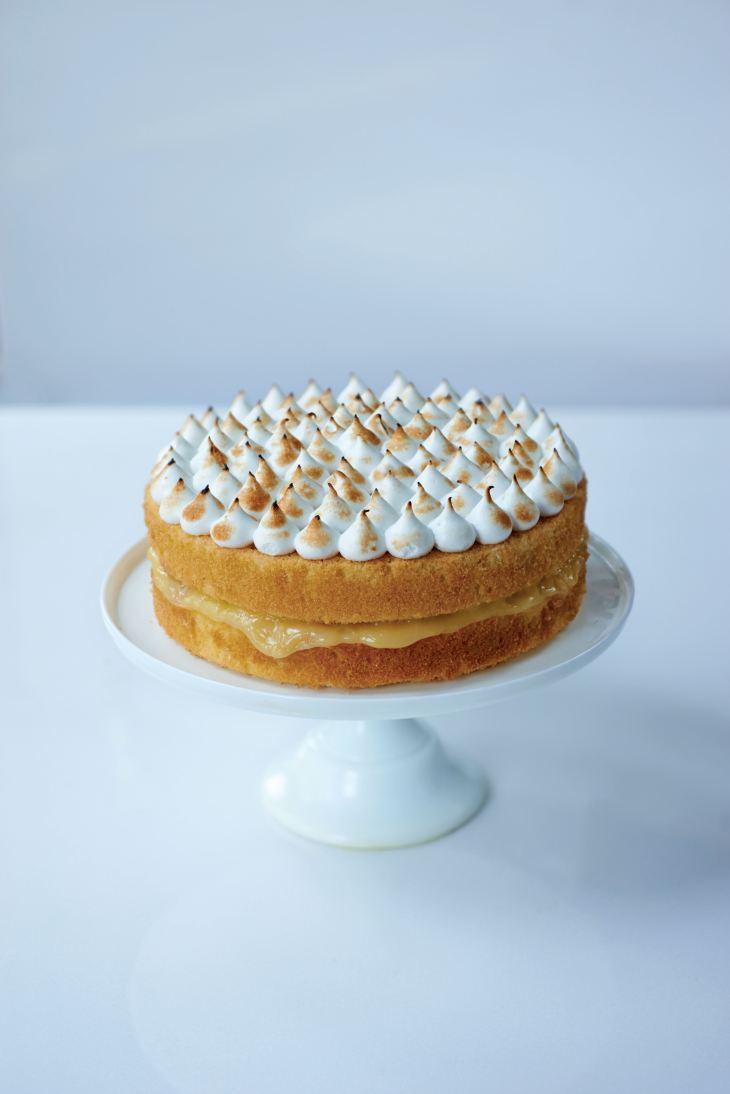 55561f6433d61_htcc_lemon_meringue_cake_1