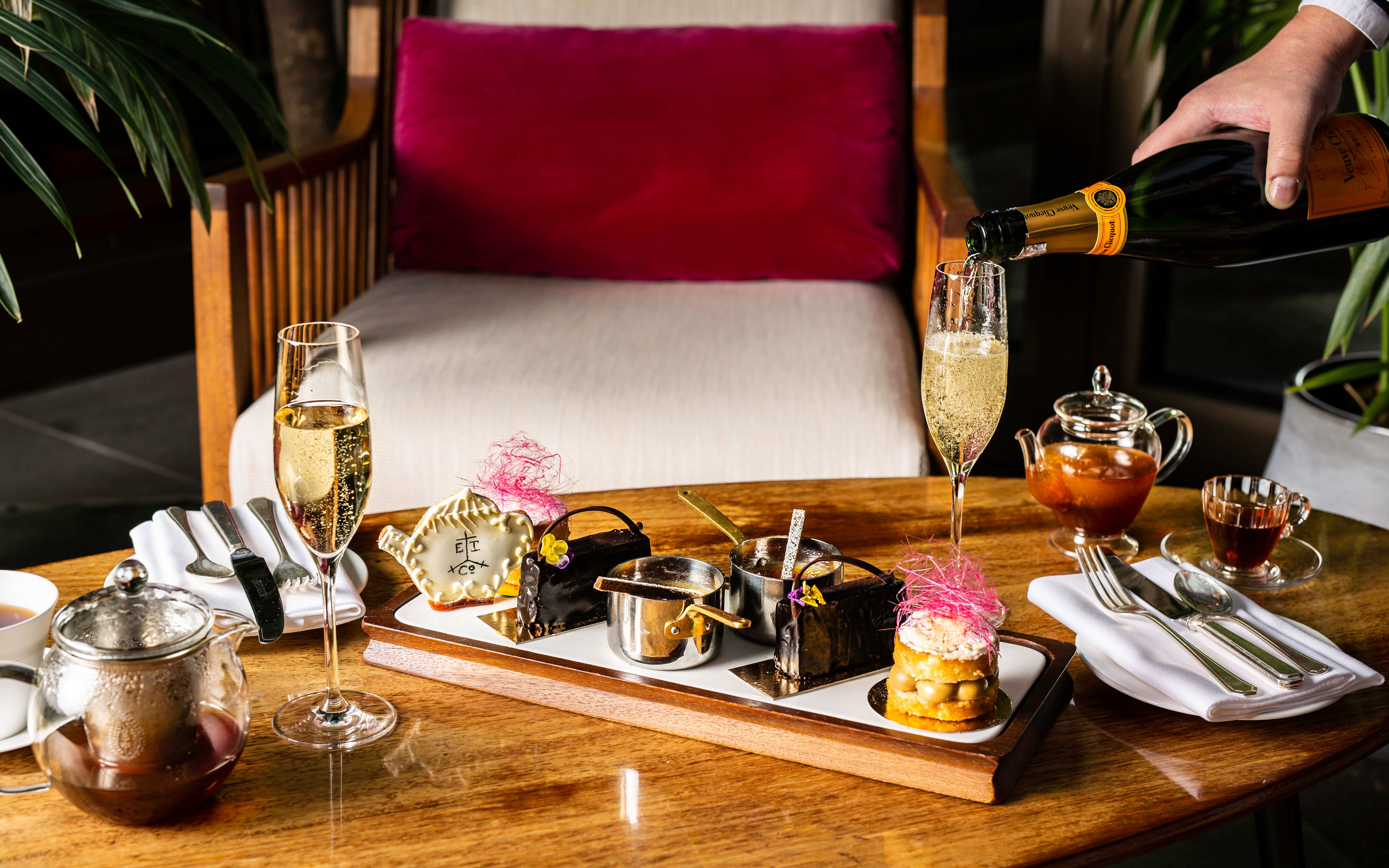 Devonshire Club Afternoon Tea review