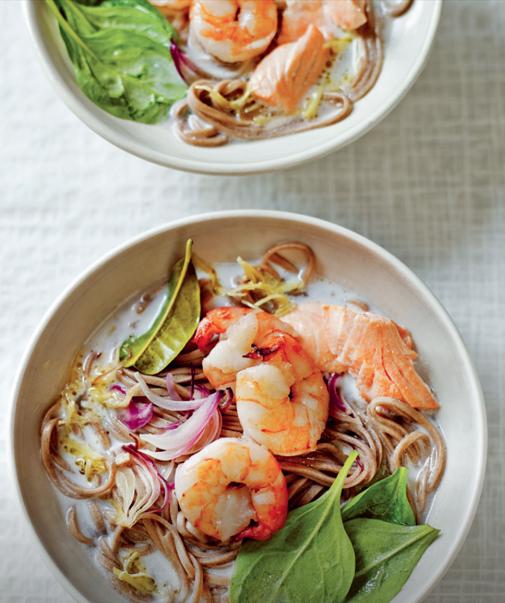 Thai-style seafood noodle soup - thewordrobe