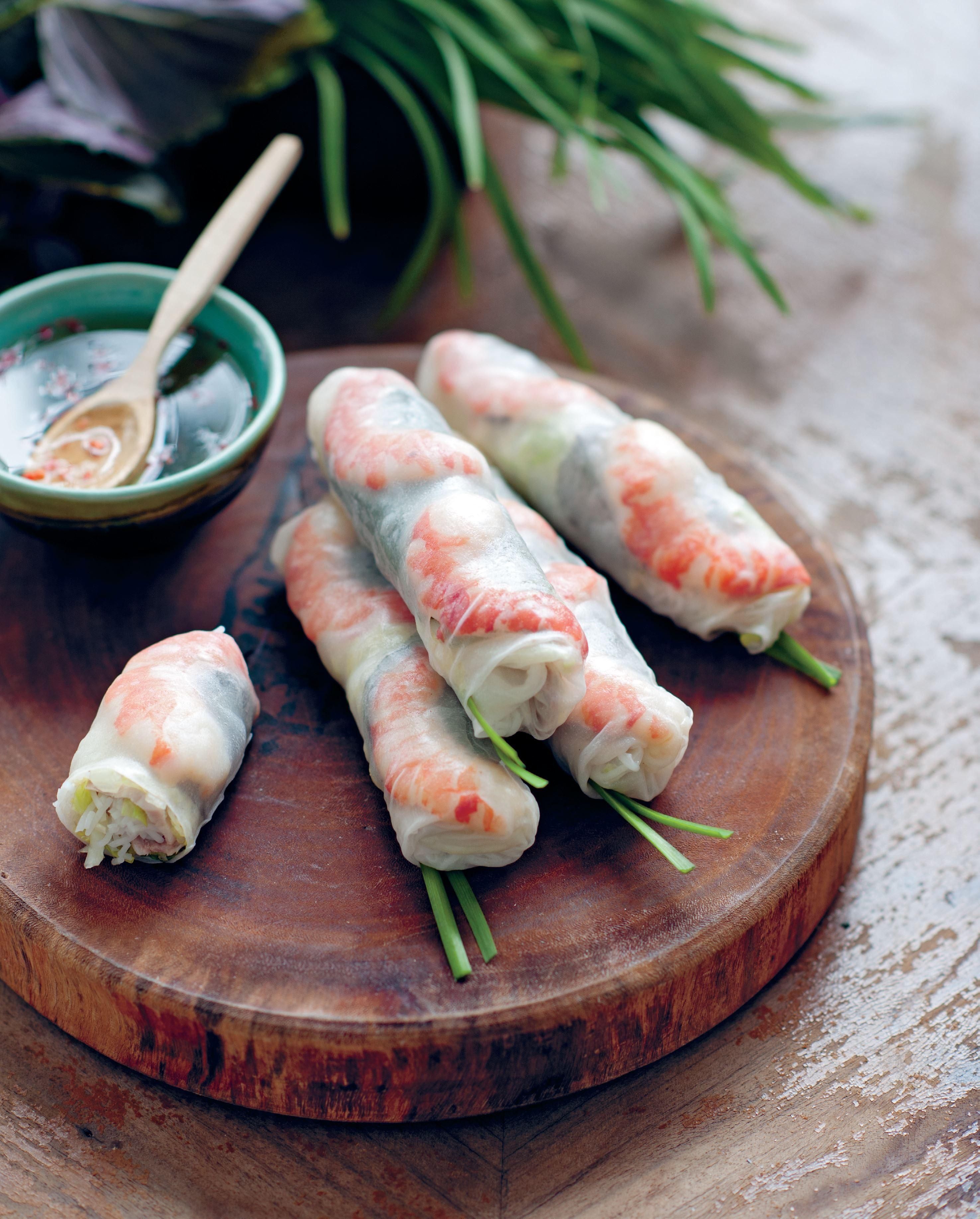 Luke Nguyen's Soft Rice Paper Rolls With Prawns