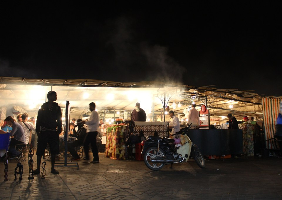 Jemaa e-Fna at night