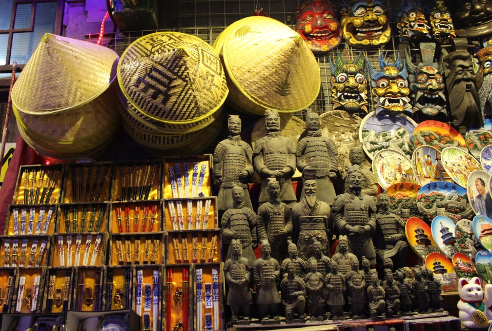 donghuamen market 5
